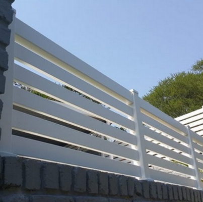 PVC Horizontally Slatted Screens & Gates